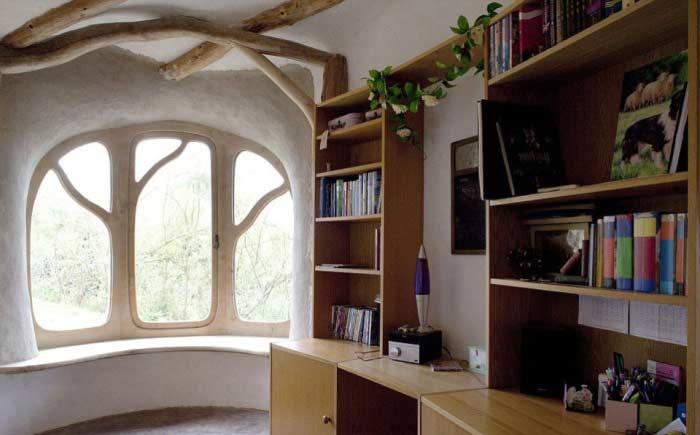 Дом солома и глина