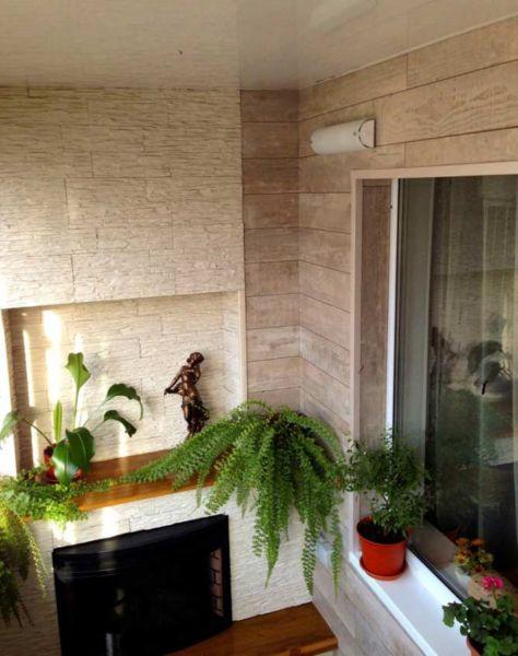 Камин на балконе