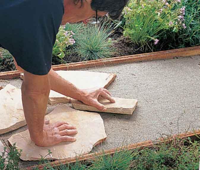 Укладка камня на песок